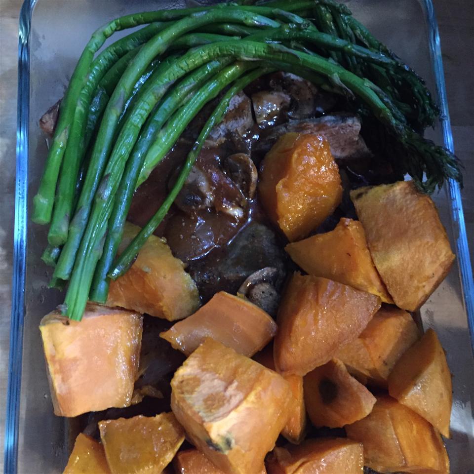 Beef Tenderloin With Roasted Shallots Boss Carol