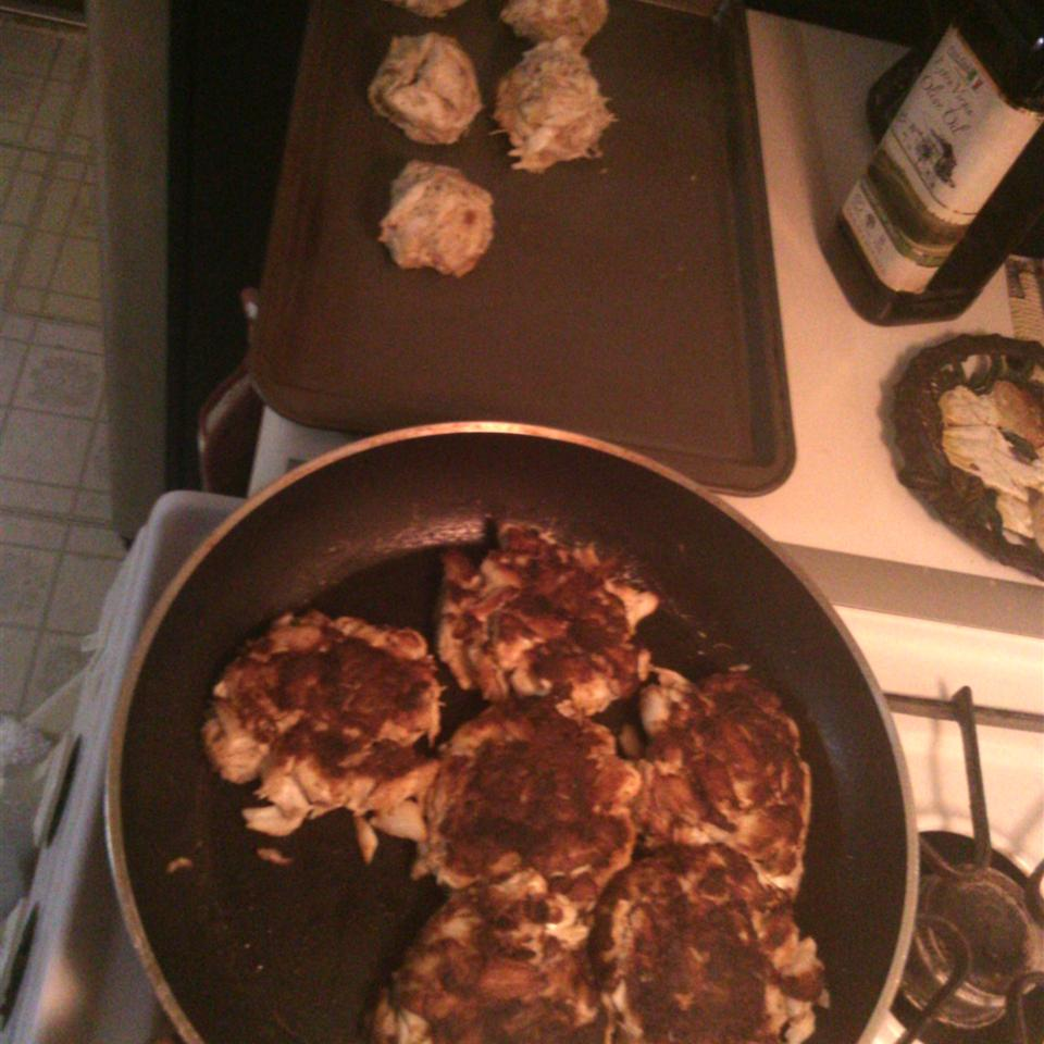 Maryland Crab Cakes I Kidrock