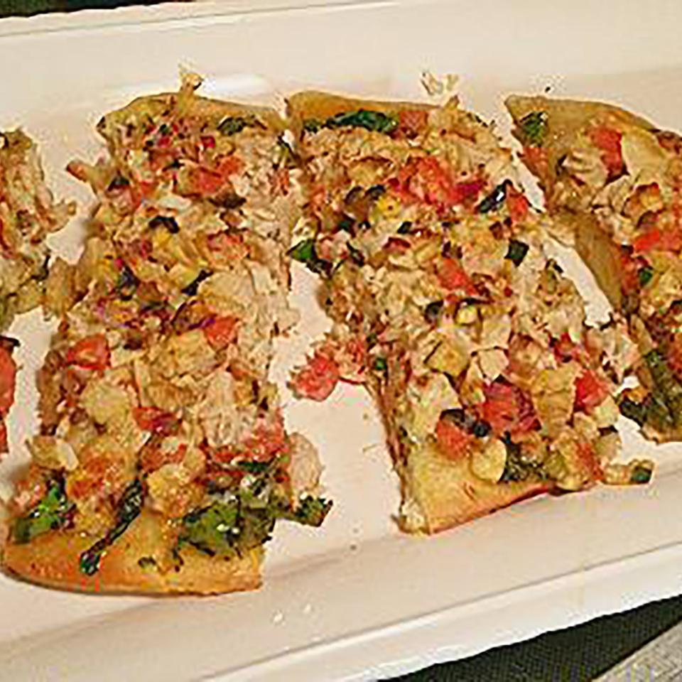 Mediterranean Tuna Pizza