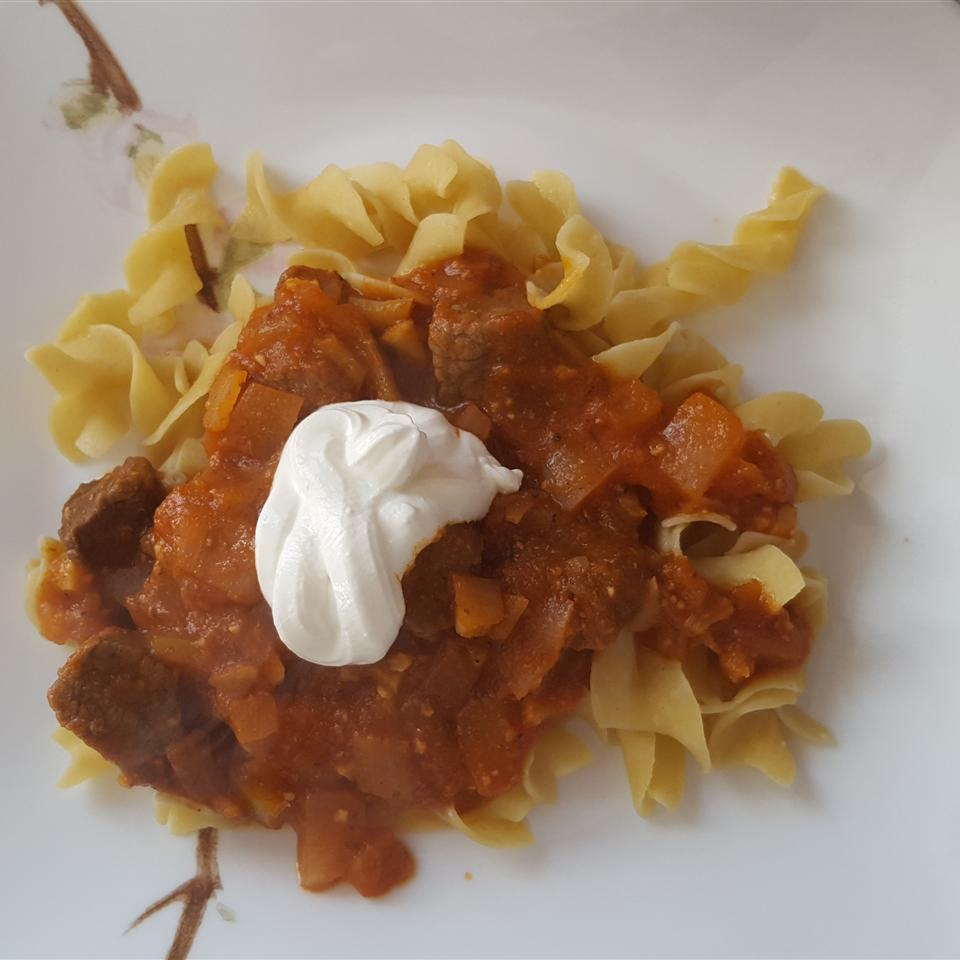 Smoked Paprika Goulash for the Slow Cooker Stephanie Fillion