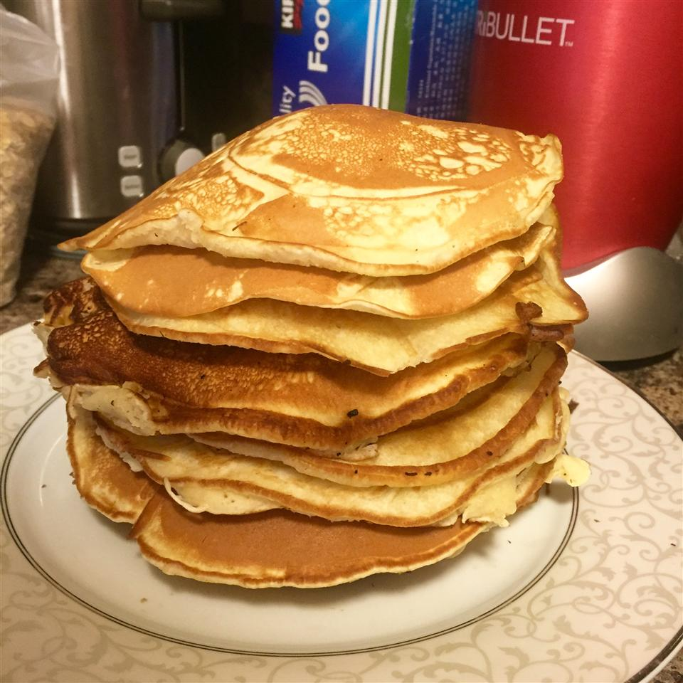 Fast and Easy Pancakes Nadia Tur