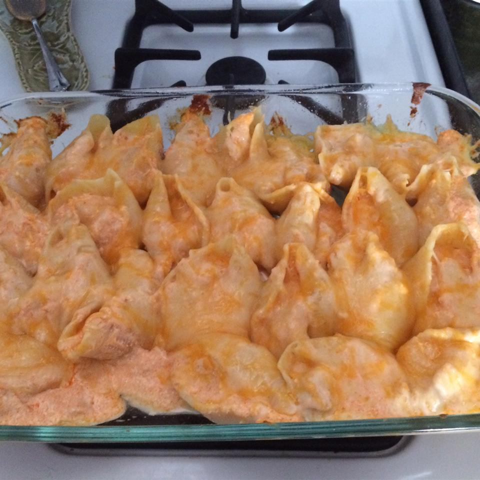 Buffalo Chicken Stuffed Shells MADDIEJON