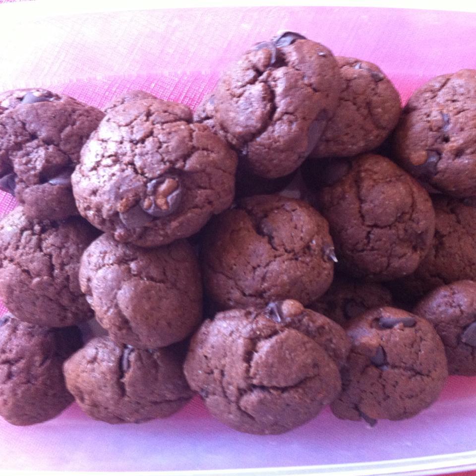 Mom's Chocolate Chip Cookies Sadaf Arezoomand