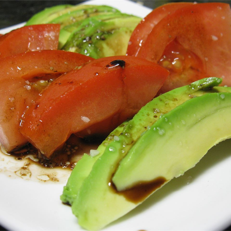 Tomato and Avocado Salad mommyluvs2cook