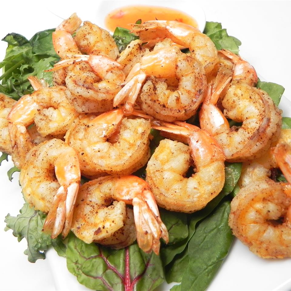 Deep-Fried Salt and Pepper Shrimp