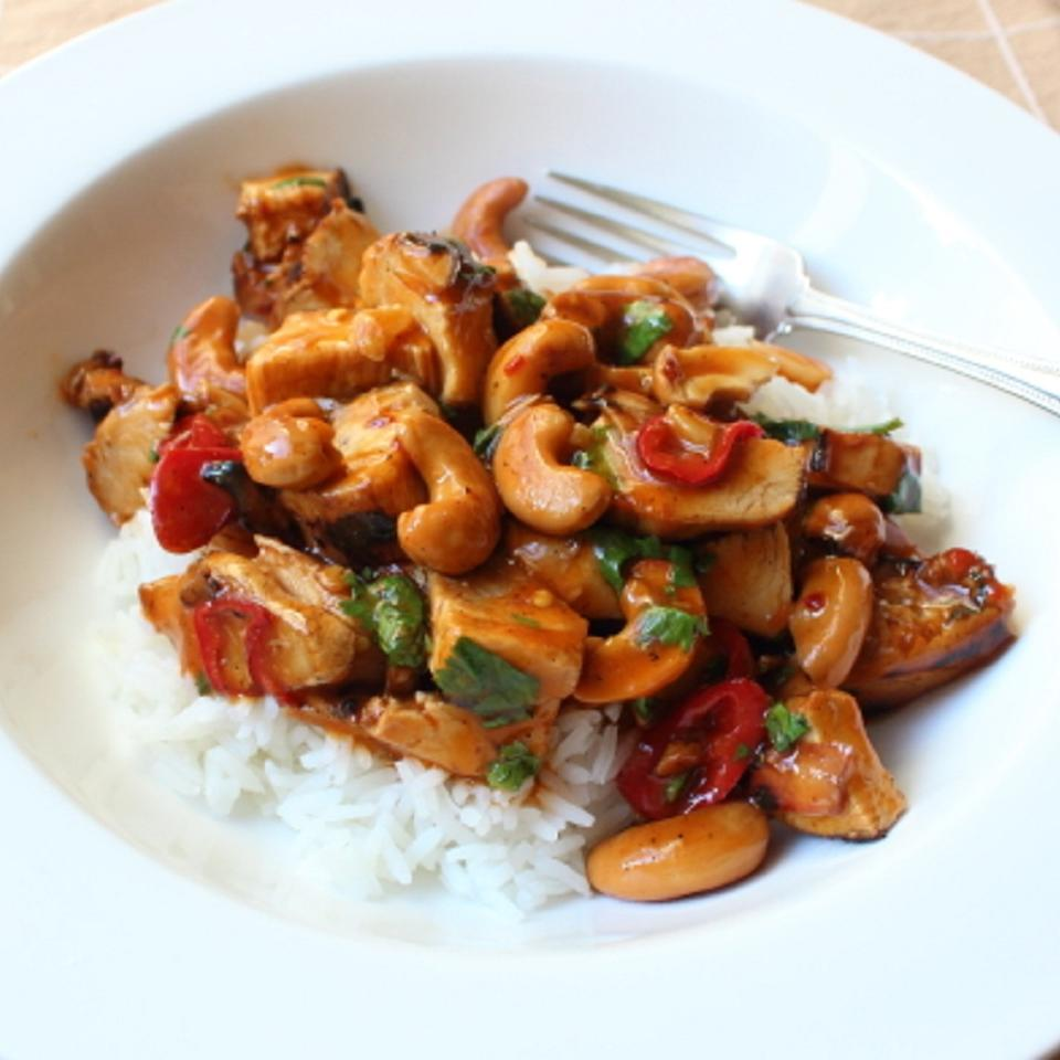 Chef John's Cashew Chicken