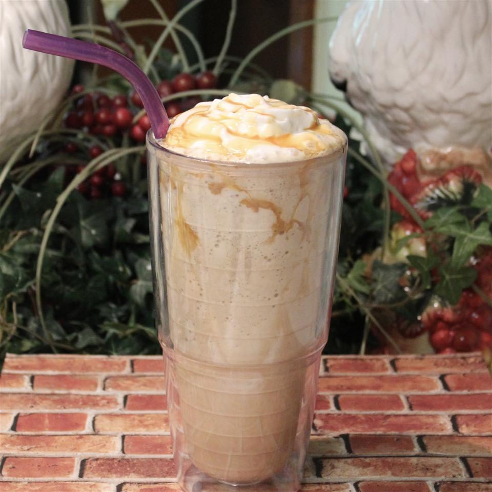 Frozen Caramel Latte Paula
