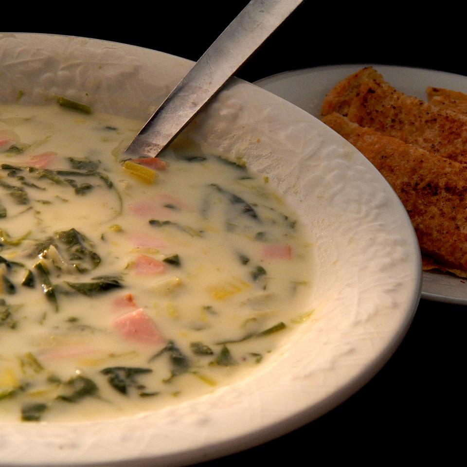 Creamy Leek and Spinach Soup