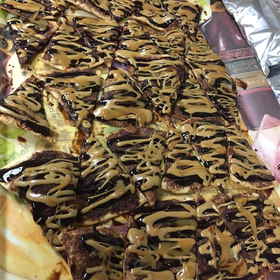 Chocolate Allspice Dessert Nachos cvoila