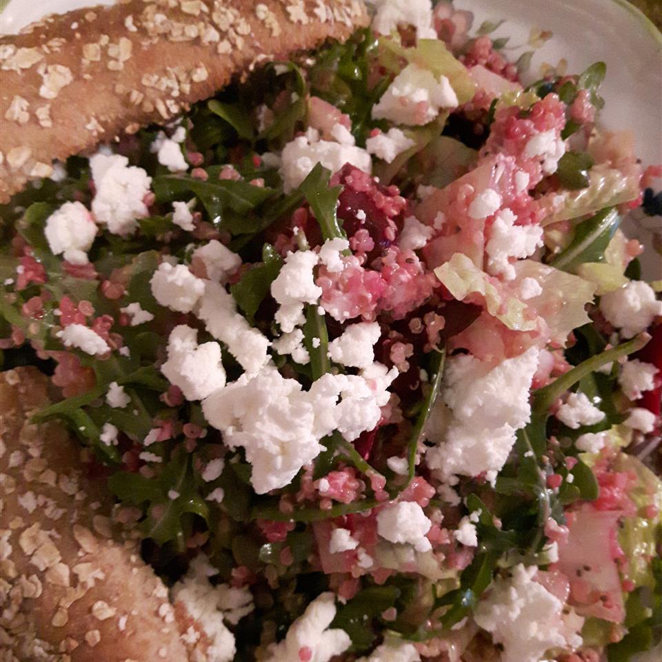 Quinoa, Beet, and Arugula Salad Manon