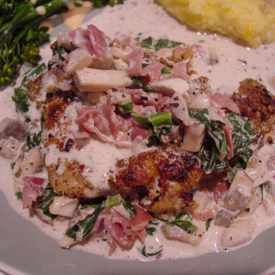 Hazelnut Chicken in Prosciutto-Cream Sauce hils