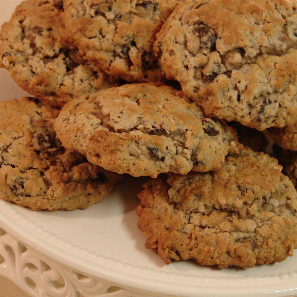 Oatmeal Raisin Cookies V Karen Jarvais
