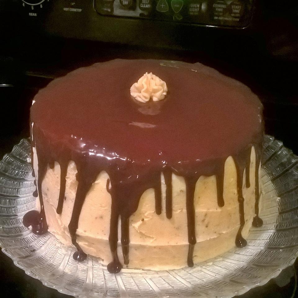 Cherry Chocolate Cake beehivebunny