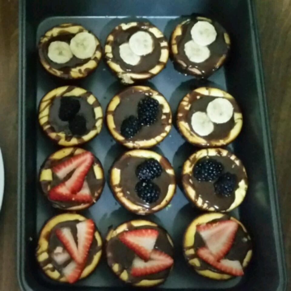 Mini Cheesecakes from PHILADELPHIA® Gloria Rodriguez