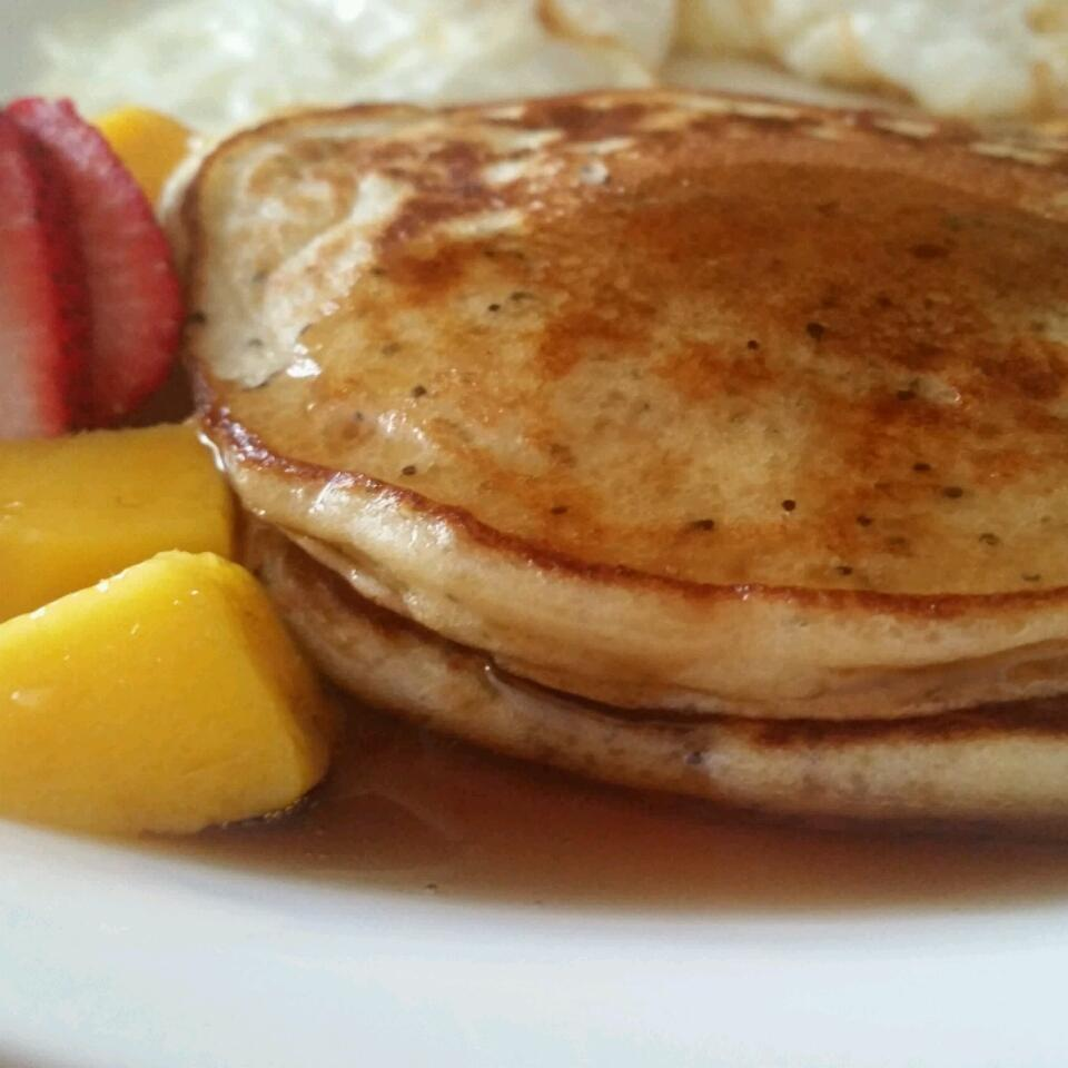 Sunday Morning Lemon Poppy Seed Pancakes Elvira Silva