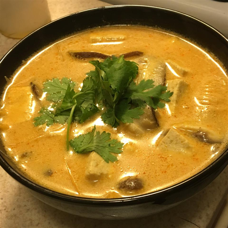 The Best Thai Coconut Soup Elle Aich