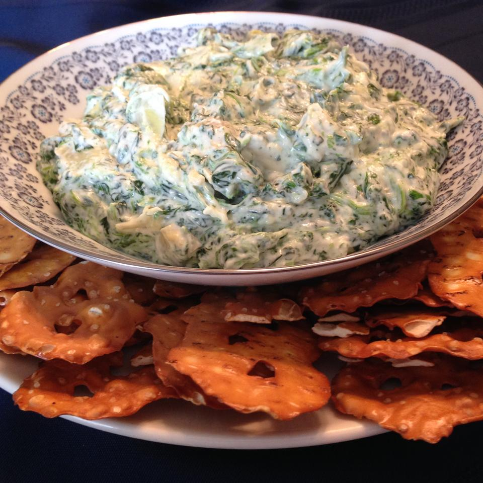 Spinach & Artichoke Dip from Pretzel Crisps® Lindsay