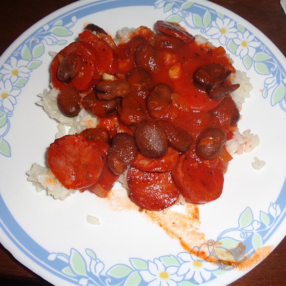 Portuguese Chourico, Beans, and Rice Mikala Vidinha