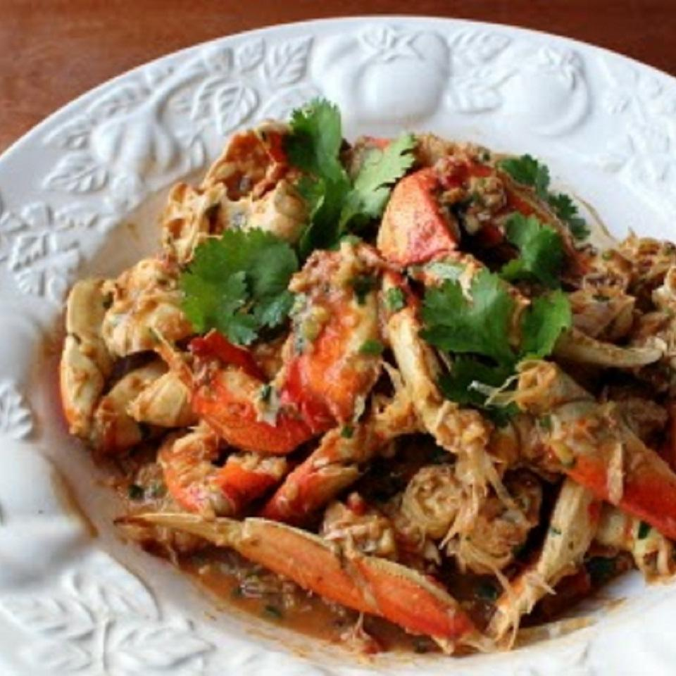 Singapore Chili Crabs