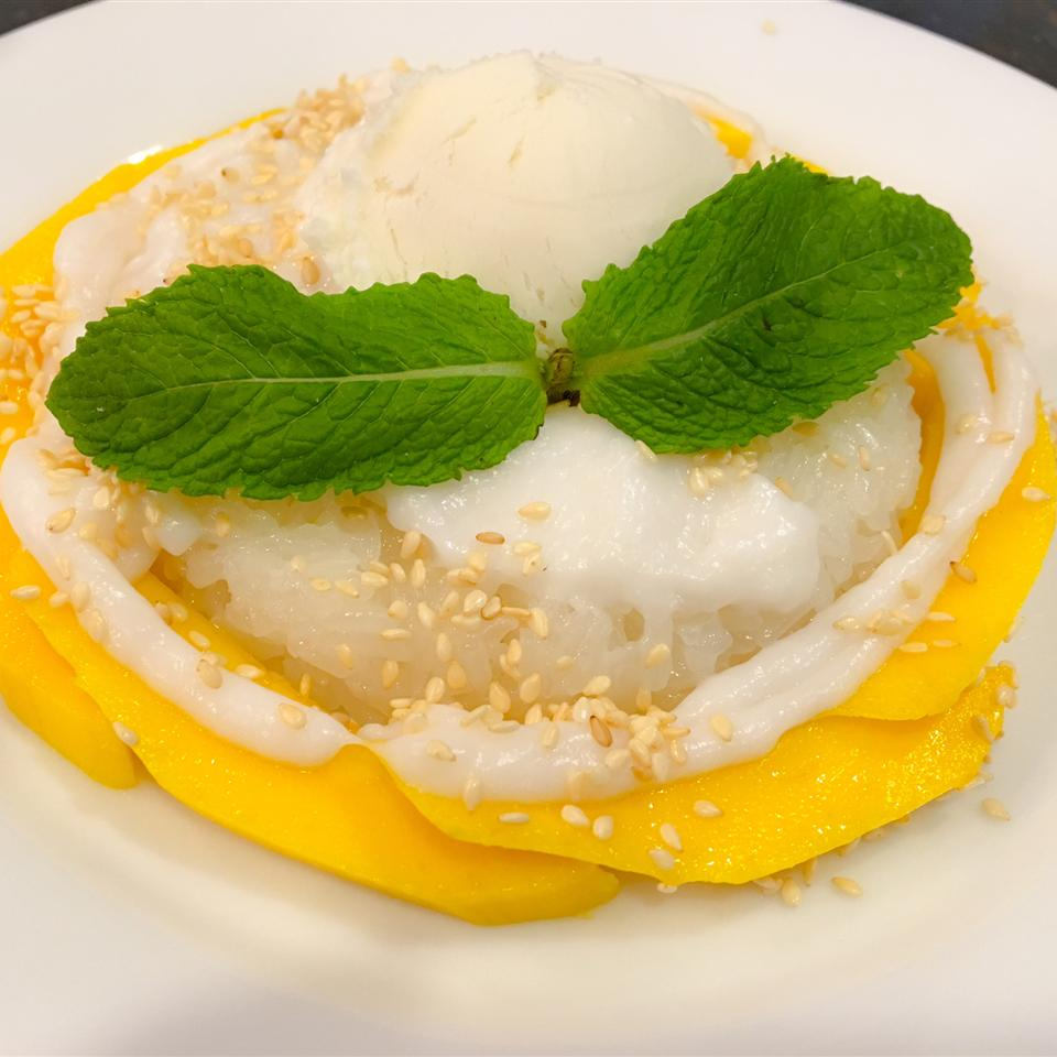 Thai Sweet Sticky Rice With Mango (Khao Neeo Mamuang) Suong Knabel