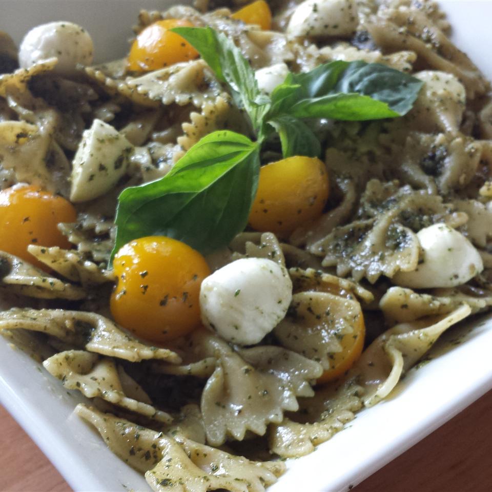 Pesto Pasta Caprese Salad Casablancaise