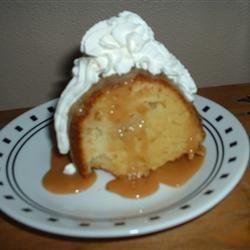 Moist Caramel Apple Cake Sue Ann Eggermont
