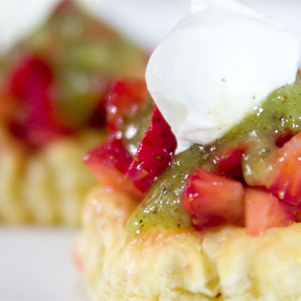Strawberry Kiwi Tartlets LilPhotog