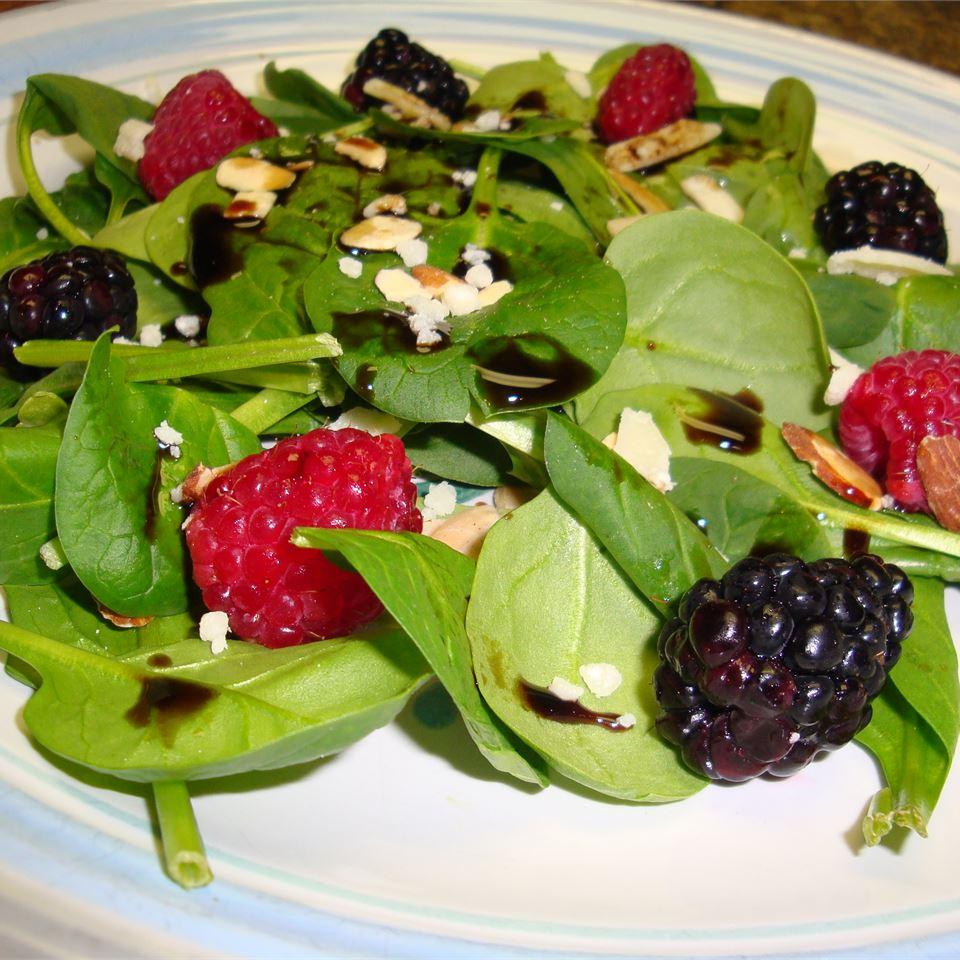 Simple Cranberry Spinach Salad Gitano