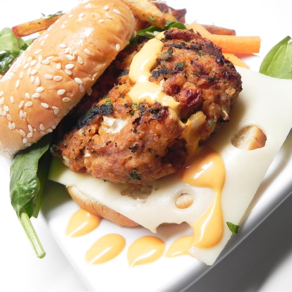 Actually Delicious Buffalo Turkey Burgers