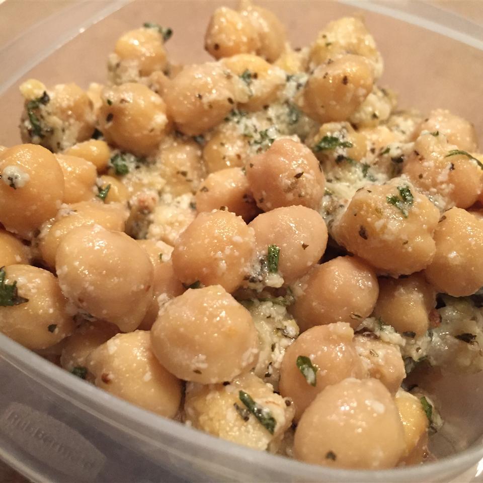 Herbed Chickpea Salad destrella17