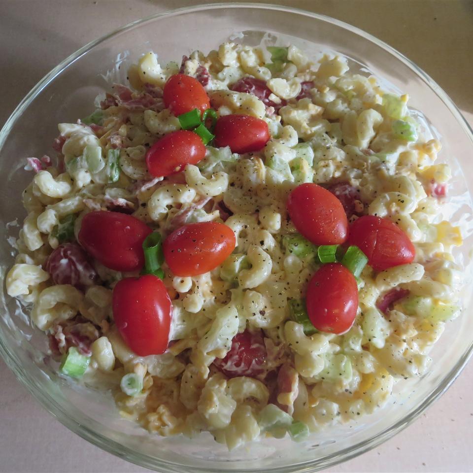 Bacon, Lettuce, and Tomato Macaroni Salad Phoebe