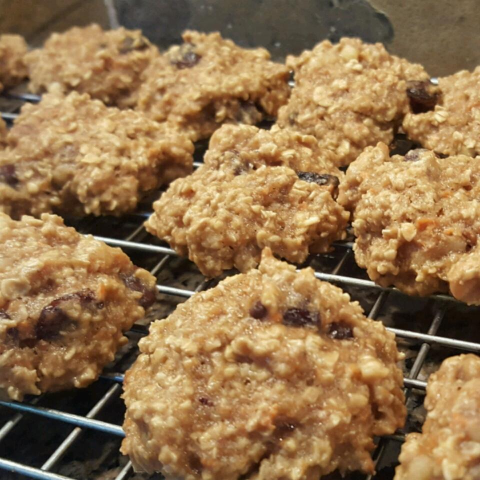 Healthier Chewy Chocolate Chip Oatmeal Cookies