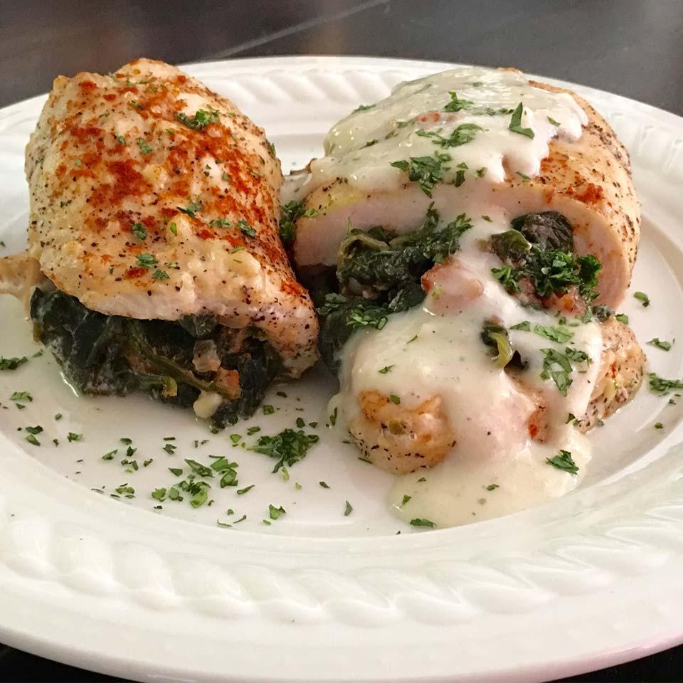 Spinach Stuffed Chicken and Gravy