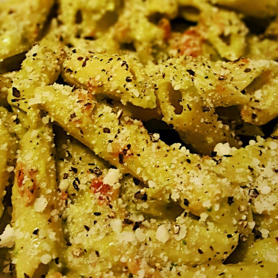 Creamy Avocado Pesto - Delish! Tatatatucky