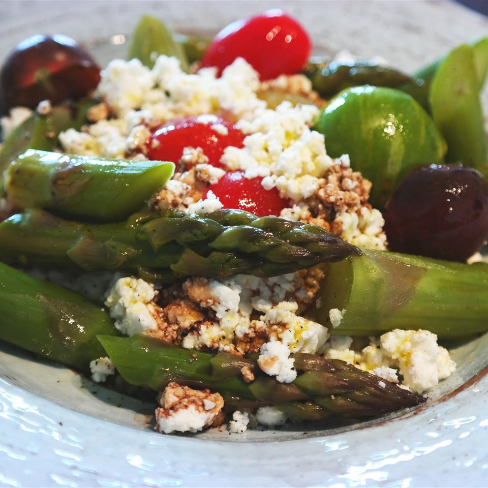Asparagus, Feta and Couscous Salad MyLoNiTe