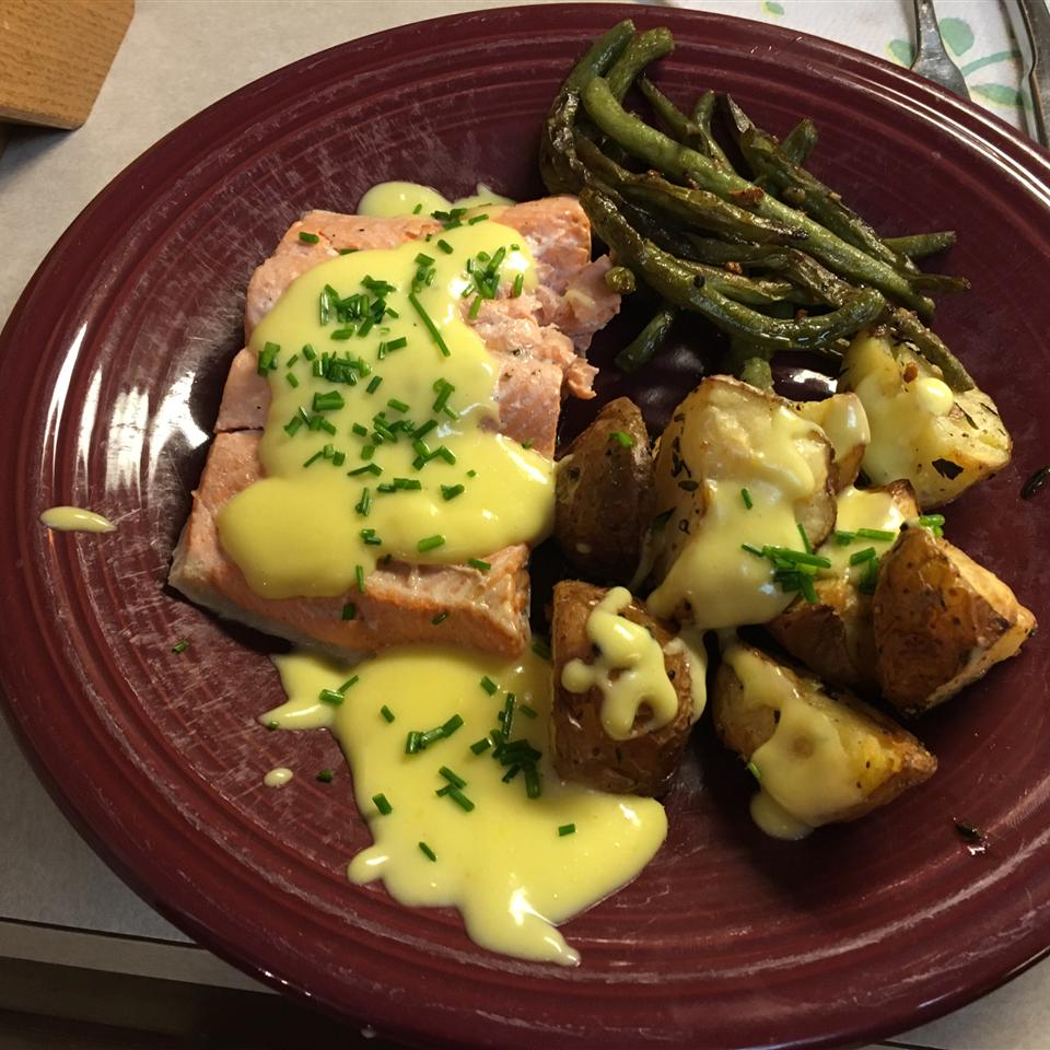 Poached Salmon with Hollandaise Sauce Kyle