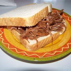 Slow Cooker Barbecue Beef SHEREEB