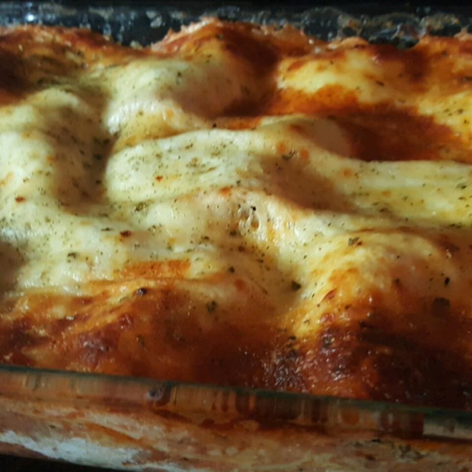 Lisa's Lasagna Lori
