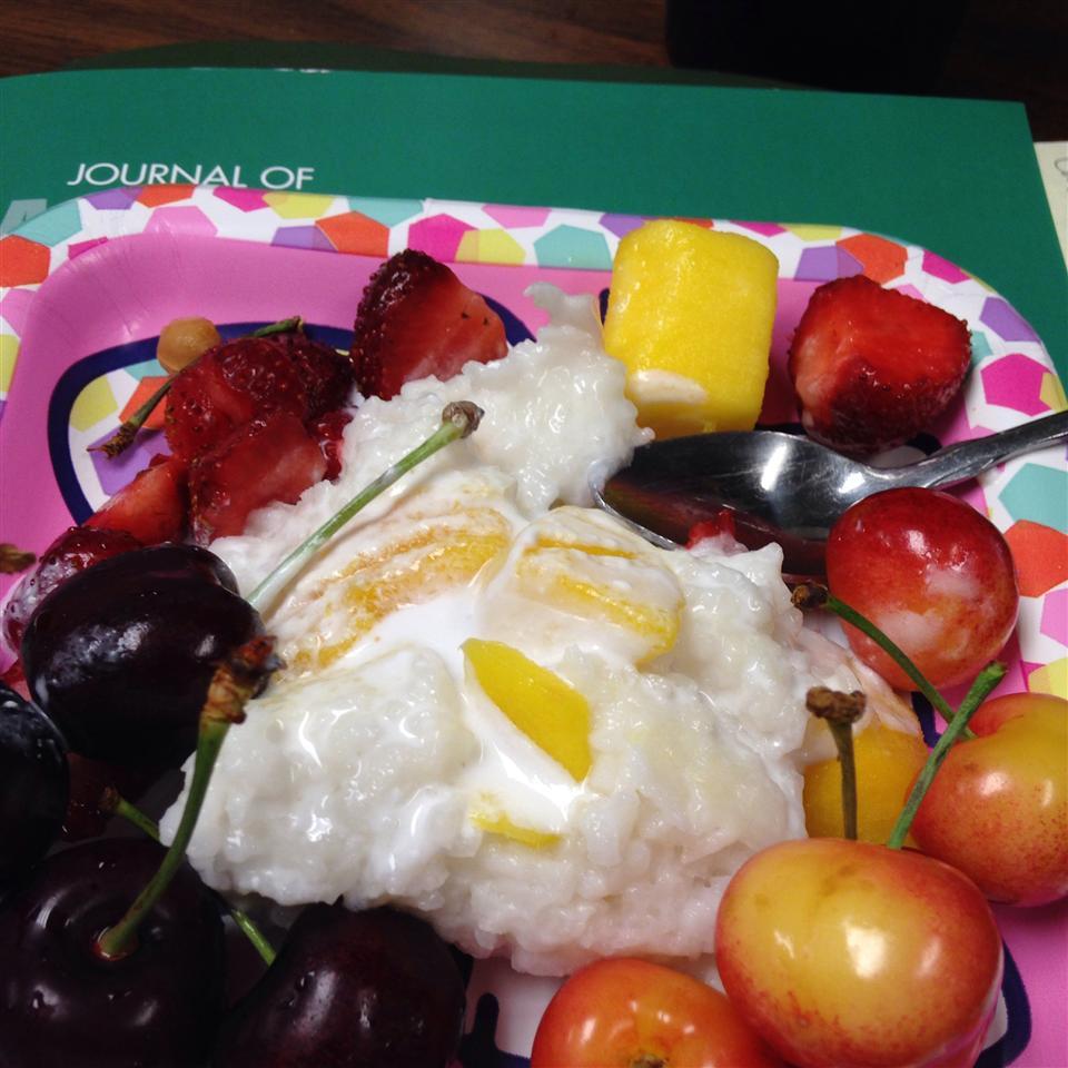 Sweet Sticky Rice with Mangoes Marsha Benz