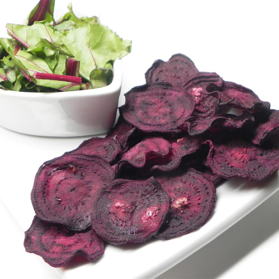 Dehydrated Beet Chips cameal