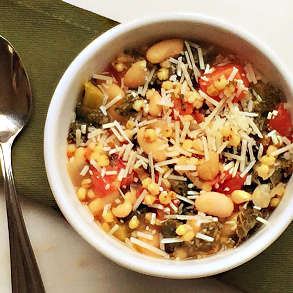 Sorghum, Kale and White Bean Tomato Soup