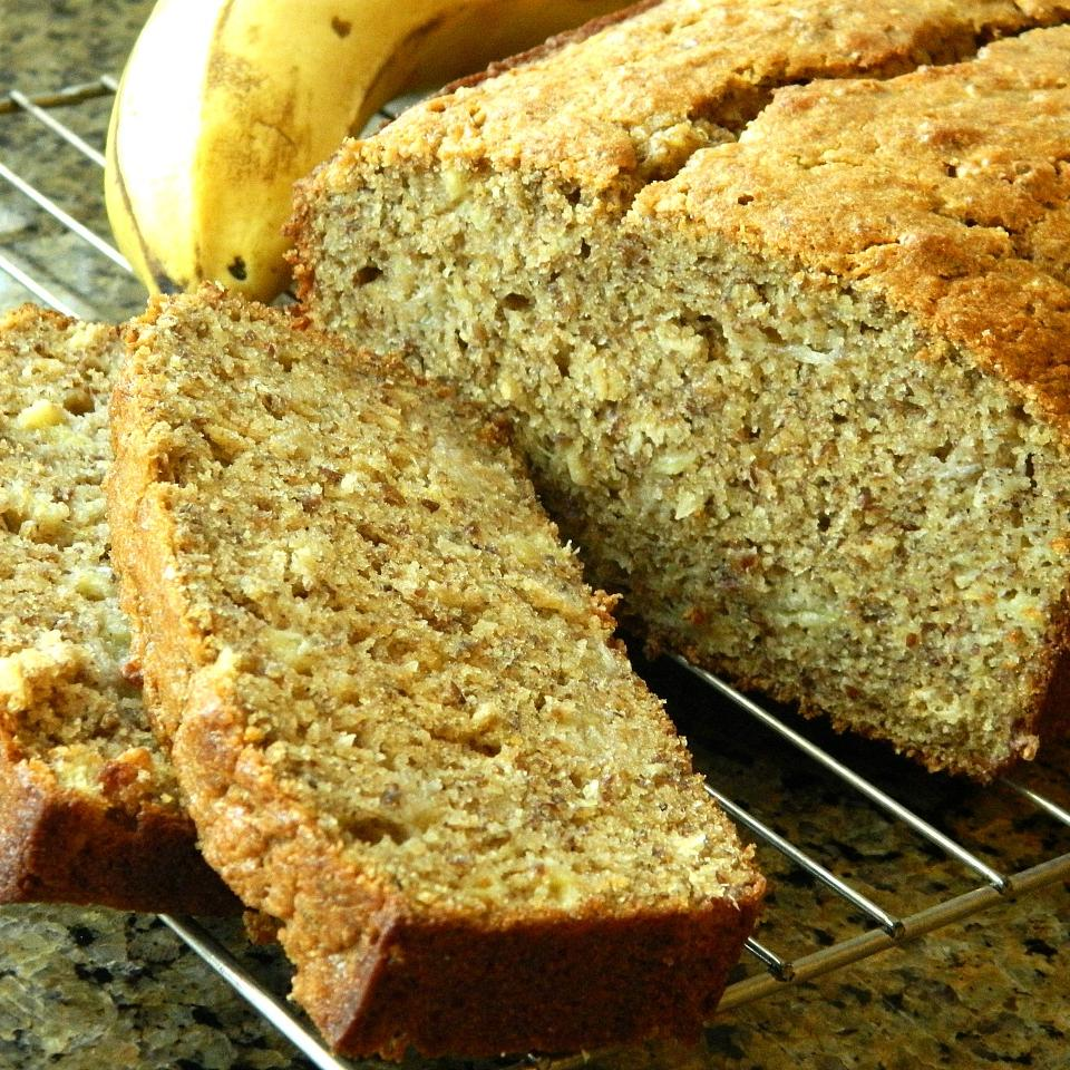 Whole Wheat Banana Bread with Flaxseed and Oats