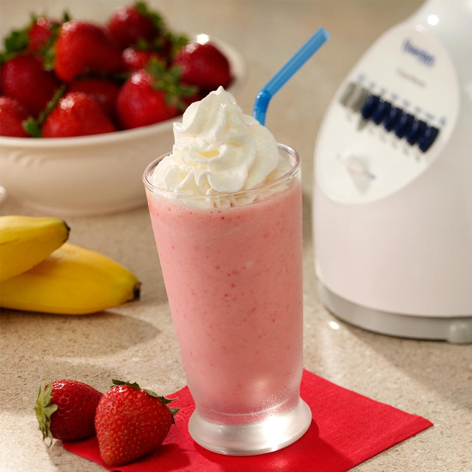 Strawberry Banana Smoothie from Reddi-wip® Trusted Brands