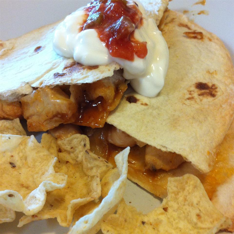 Texas Chicken Quesadillas J Scallions