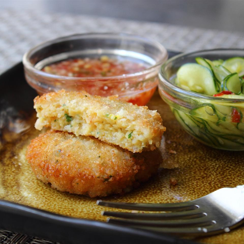 Chef John's Spicy Shrimp Cakes