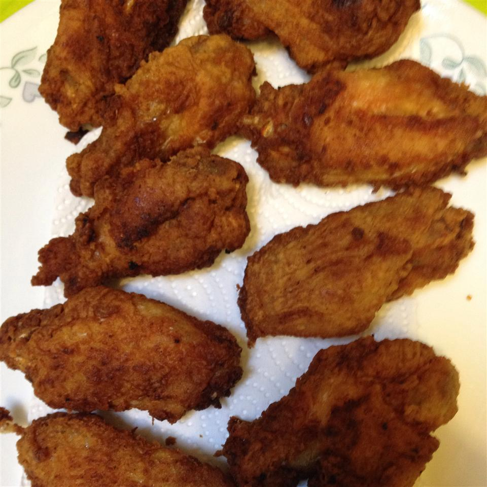 Crisp Fried Chicken Wings