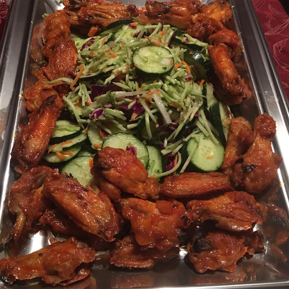Crispy Honey Sriracha Chicken Wings