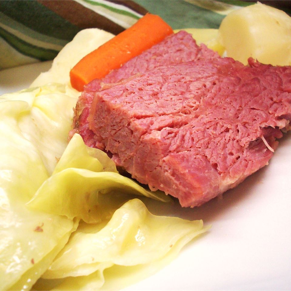 Slow Cooked Corned Beef for Sandwiches CookinBug