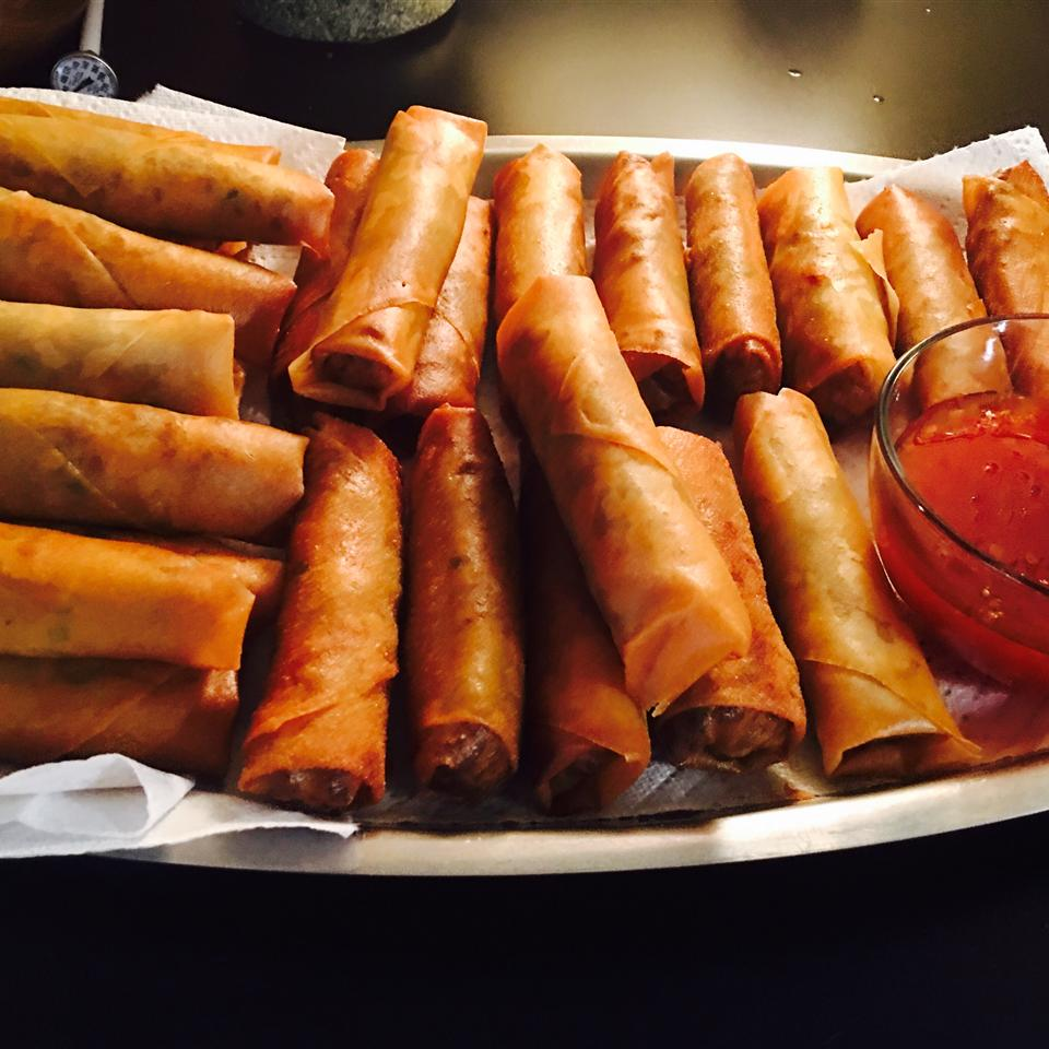 Traditional Filipino Lumpia
