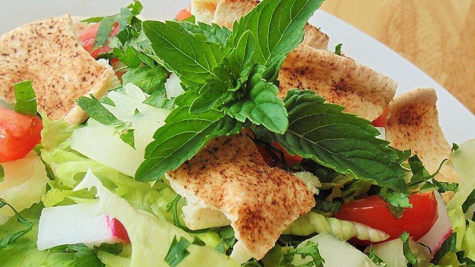 Lebanese Fattoush (Bread Salad)